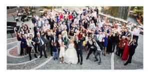 Foto di gruppo di tutti gli invitati presso Le Pinete di Gaggiolo