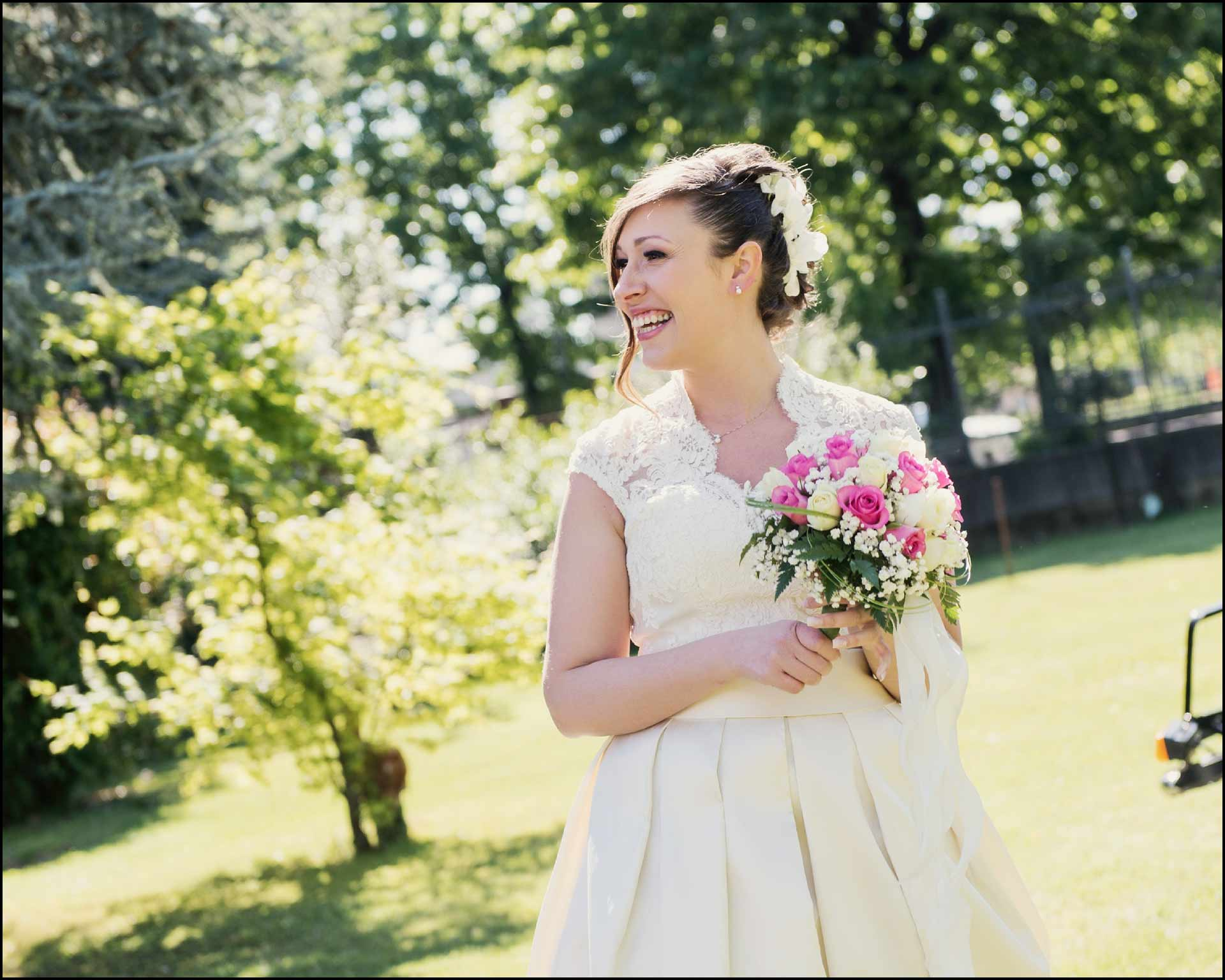 Elisa, la sposa e il suo vestito