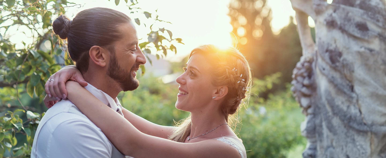Sguardi tra gli sposi